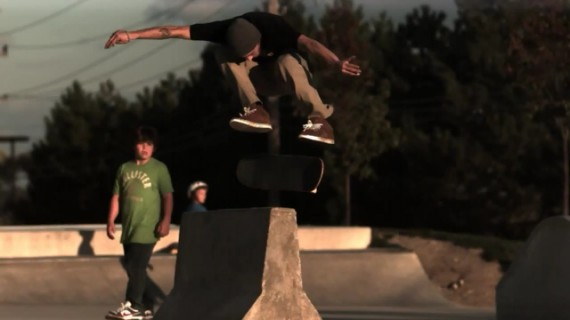 Backside 180 kickflip Ryan Gaynier