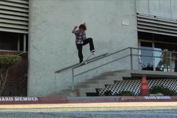 スケートボード動画 Cory Kennedy