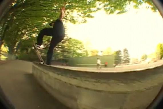 スケートボード動画 Mike Chin