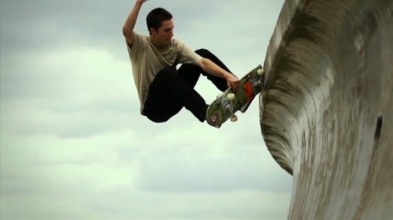 スケートボード動画 Elijah Berle