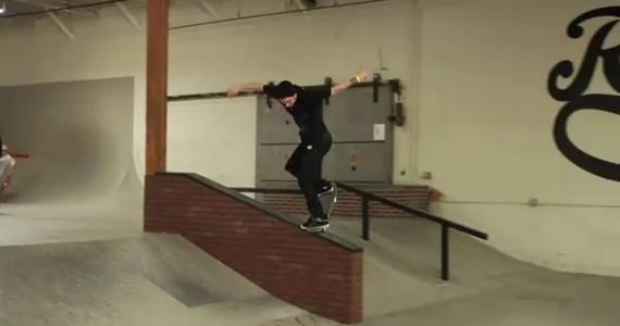 girl skatepark